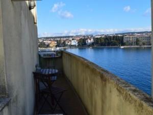 Poluotok, apartment 92 m2 with sea view