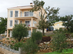 MASLENICA-VILLA TO NICE LOCATION !!!