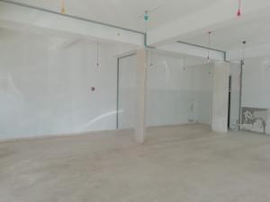Bulevar, poslovni prostor 99 m2