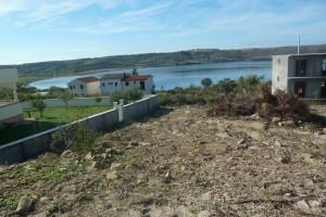 Rtina-građevinsko zemljište (1000 m2)