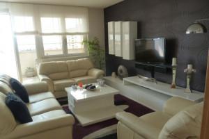 Višnjik, komforan luksuzan stan 76 m2 sa garažom