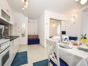 ZATON- Kuća sa apartmanima 70 m od  mora (LOKACIJA ) !!!