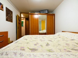 Višnjik, dvosoban komforan stan, 1. kat