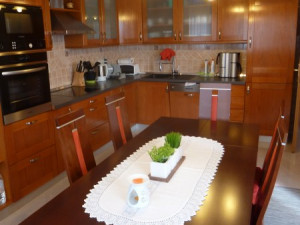 MASLENICA-Lijepa obiteljska kuća sa otvorenim pogledom na more (Lokacija )!!!